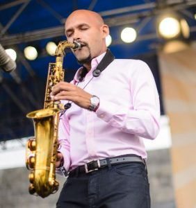Puerto Rican Latin jazz sax player Miguel Zenón photo.