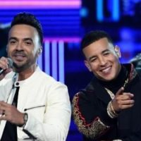"Luis Fonsi and Daddy Yankee perform ""Despacito"""
